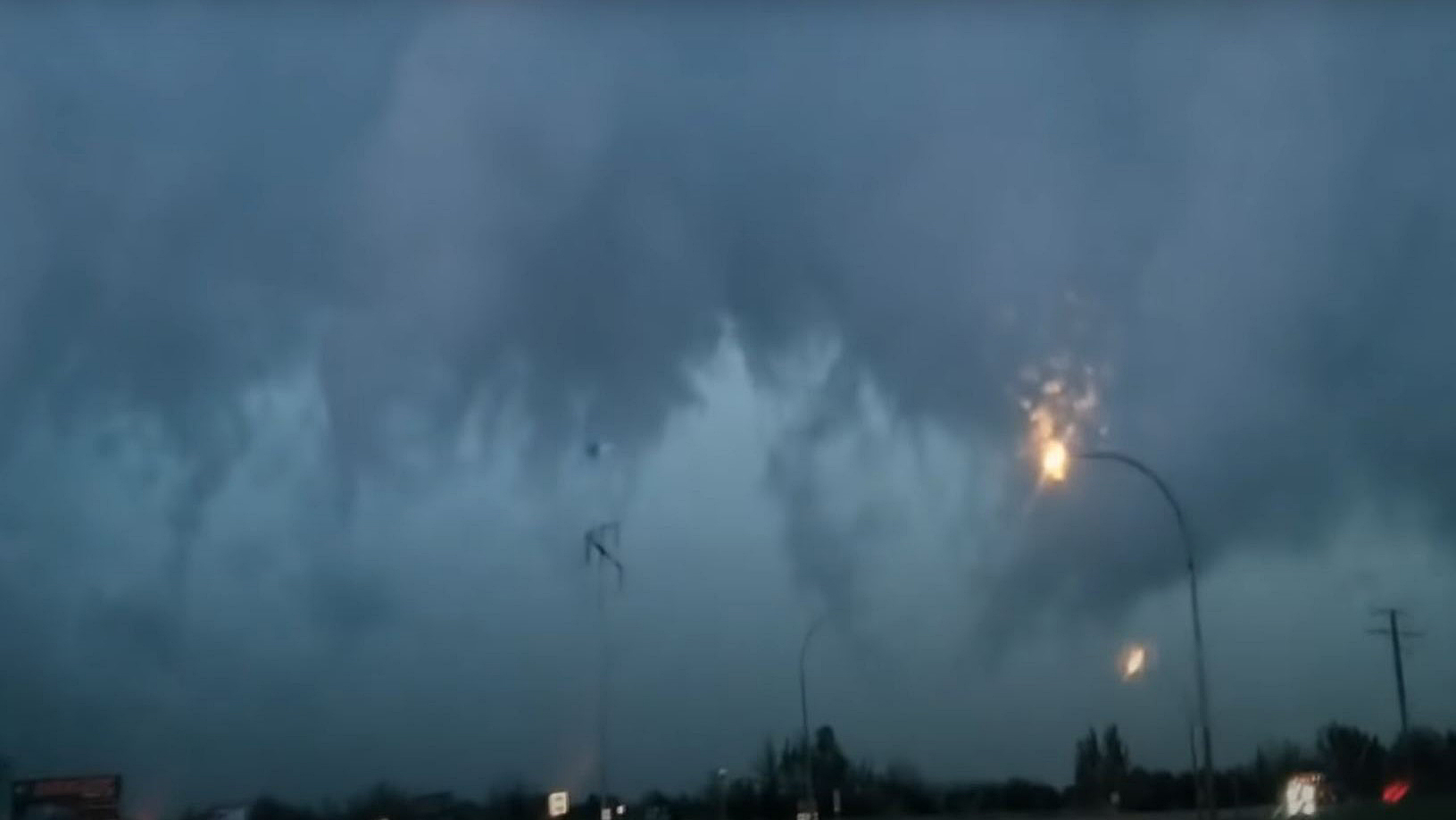 B C Storm Included Tornado 130 Km H Winds Environment Canada Globalnews Ca