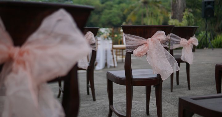 Invited to a pandemic wedding? Weigh your risks, experts say
