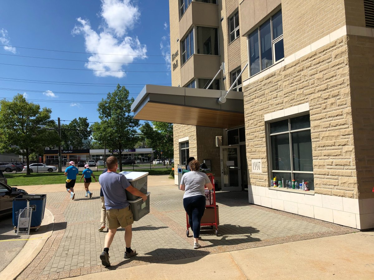 A socially distanced move-in takes place at Western University's Essex Hall in September 2020.