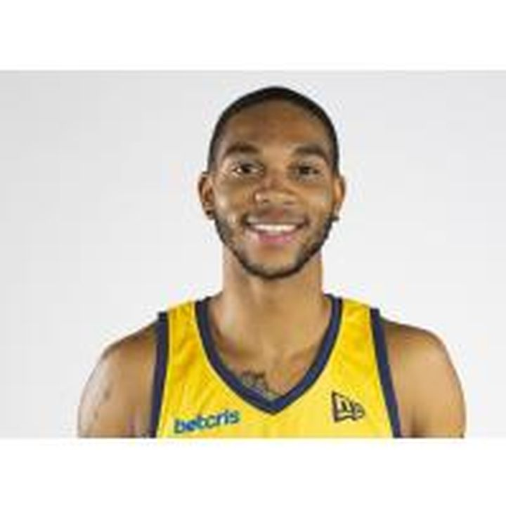 Just weeks after helping the Edmonton Stingers capture the Canadian Elite Basketball League championship, 25-year-old point guard Xavier Moon has been named the league's player of the year.