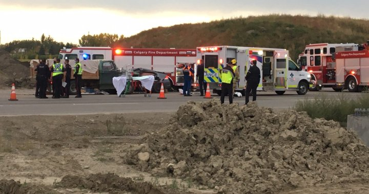 2 killed, 2 injured in 2-vehicle crash on Spruce Meadows Trail in Calgary