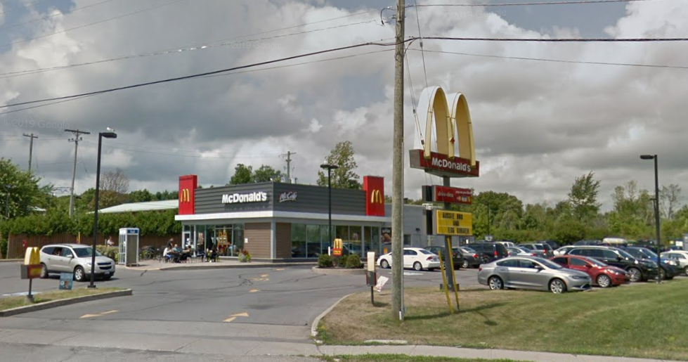 McDonald's and the Leeds, Grenville and Lanark District Health Unit have confirmed an employee at the Gananoque, Ont., McDonald's has tested positive for COVID-19.