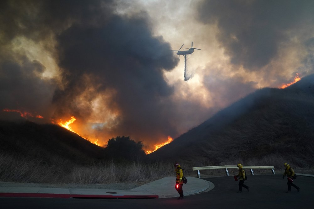 Evacuation orders lifted for thousands of Californians who fled wildfires