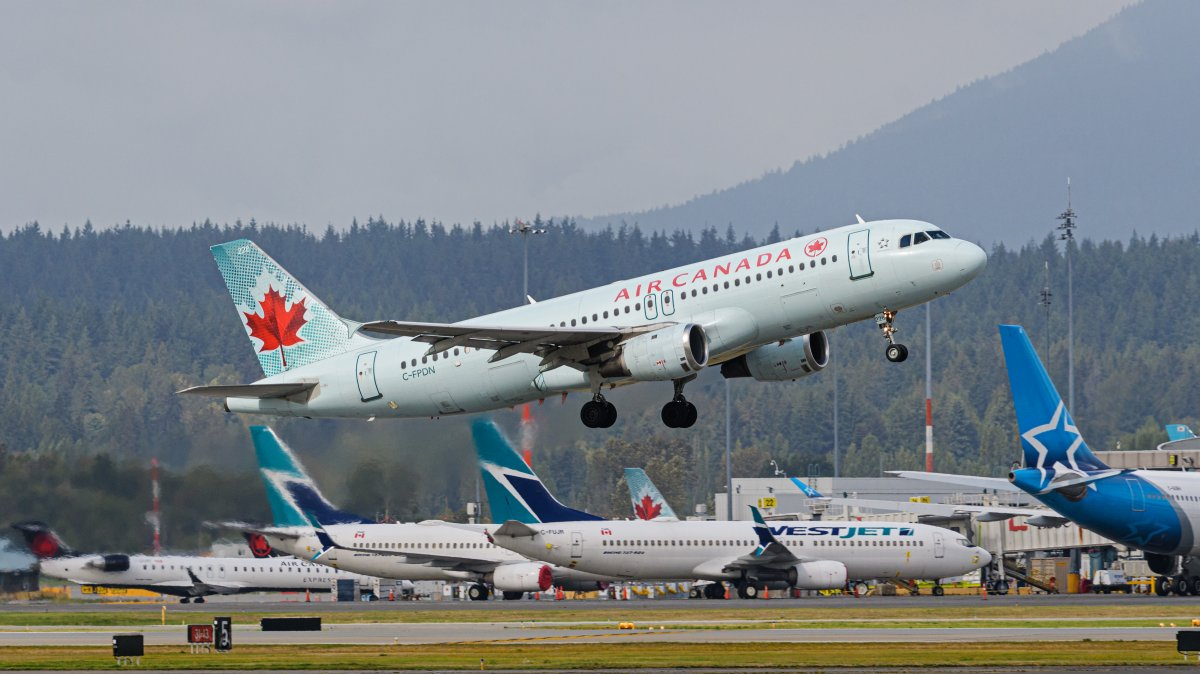 An Air Canada Airbus A320 jet (C-FPDN) takes off from Vancouver International Airport, Richmond, B.C. on Thursday, September 24, 2020.