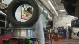 Continue reading: Montreal-area garages are seeing an early seasonal winter tire rush