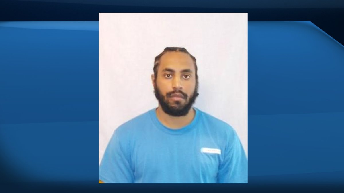 OPP's ROPE Squad is looking for 26-year-old Nadder Mohamed, a federal offender known to frequent Toronto, Kingston and Thunder Bay.