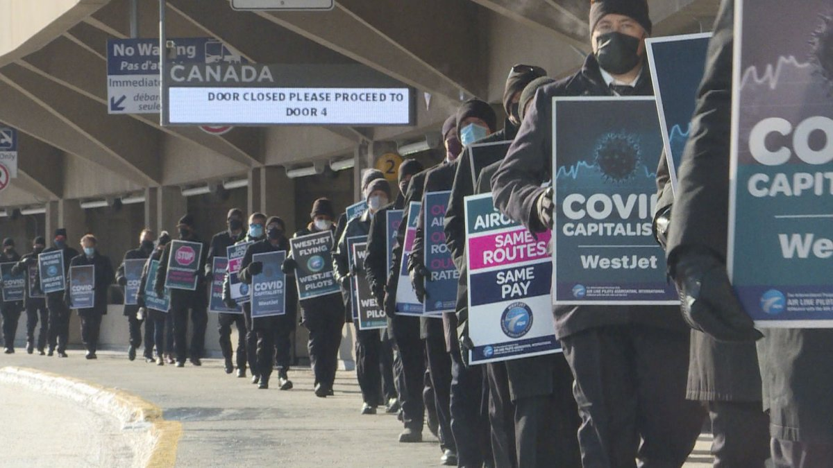 WestJet pilots protested in Calgary on Sunday, Oct. 25, 2020.