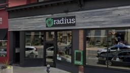 Continue reading: Coronavirus: COVID-19 outbreaks declared at Hamilton restaurant, Burlington processing plant