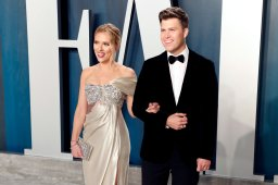 Continue reading: Scarlett Johansson, Colin Jost married in intimate ceremony