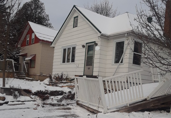 Just after 8 a.m., a Colborne Street resident reported to police that a car had struck their house and before coming to rest at another house across the road.