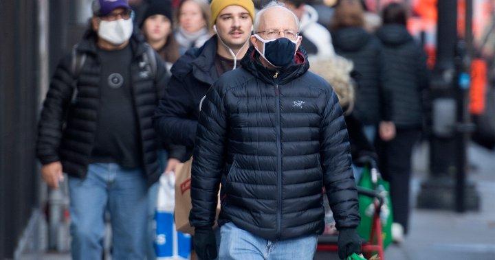 Image of article 'Coronavirus Christmas: Canadians should celebrate outdoors, virtually, experts say'