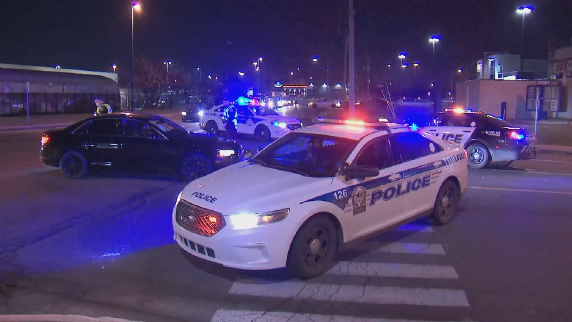 Police issue more than 50 tickets following weekend car rallies in and around Montreal thumbnail