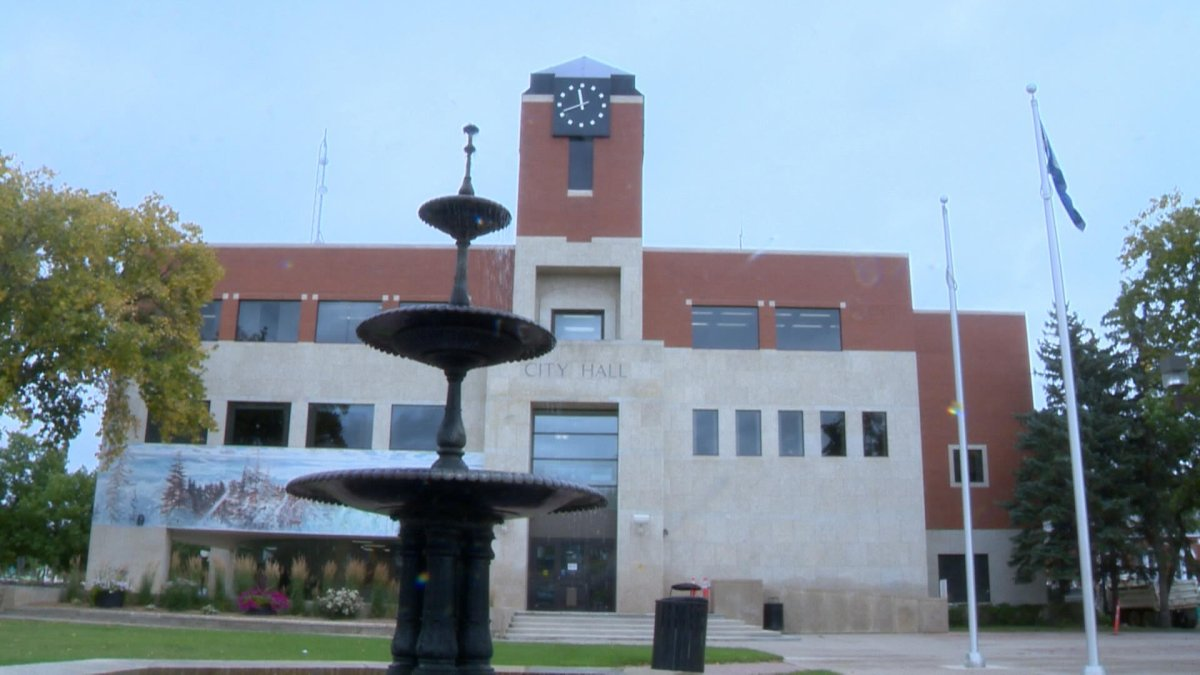 Here's a look at the four candidates vying to be mayor at the City of Prince Albert.