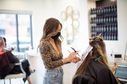 Continue reading: London Ont. hairdressers ready to get back to work with Step 2 reopening plans in place