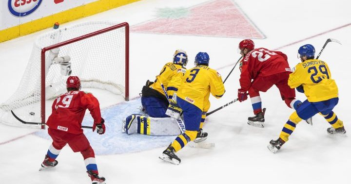 Sweden's world junior win streak ends with 4-3 OT loss to Russia