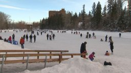 Continue reading: COVID-19: Masks encouraged in seating areas at Calgary outdoor skating rinks