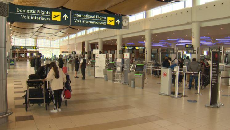 Airport traffic down during holiday season in Winnipeg, Man.