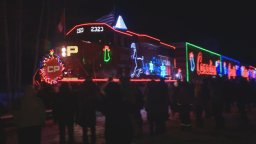 Continue reading: CP Holiday Train performances go online this year