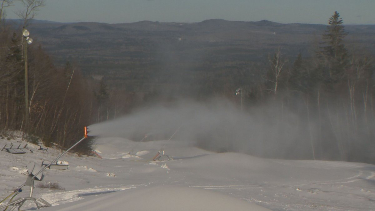 New Brunswick's Crabbe Mountain has faced challenges to the start of its skiing season.