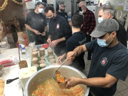 Continue reading: Montreal firefighters prepare food for the city's most vulnerable