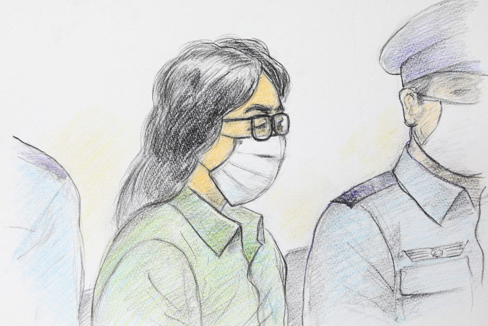 This court sketch drawing created by Masato Yamashita on September 30, 2020 shows Takahiro Shiraishi, centre, at the first trial at Tokyo District Court Tachikawa Branch in Tachikawa, Tokyo.