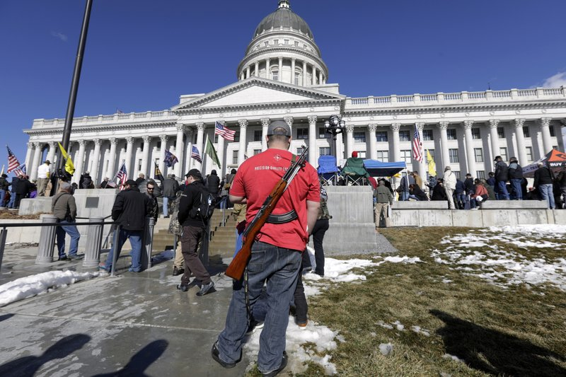 Several U.S. states mull allowing concealed carry of guns without a permit