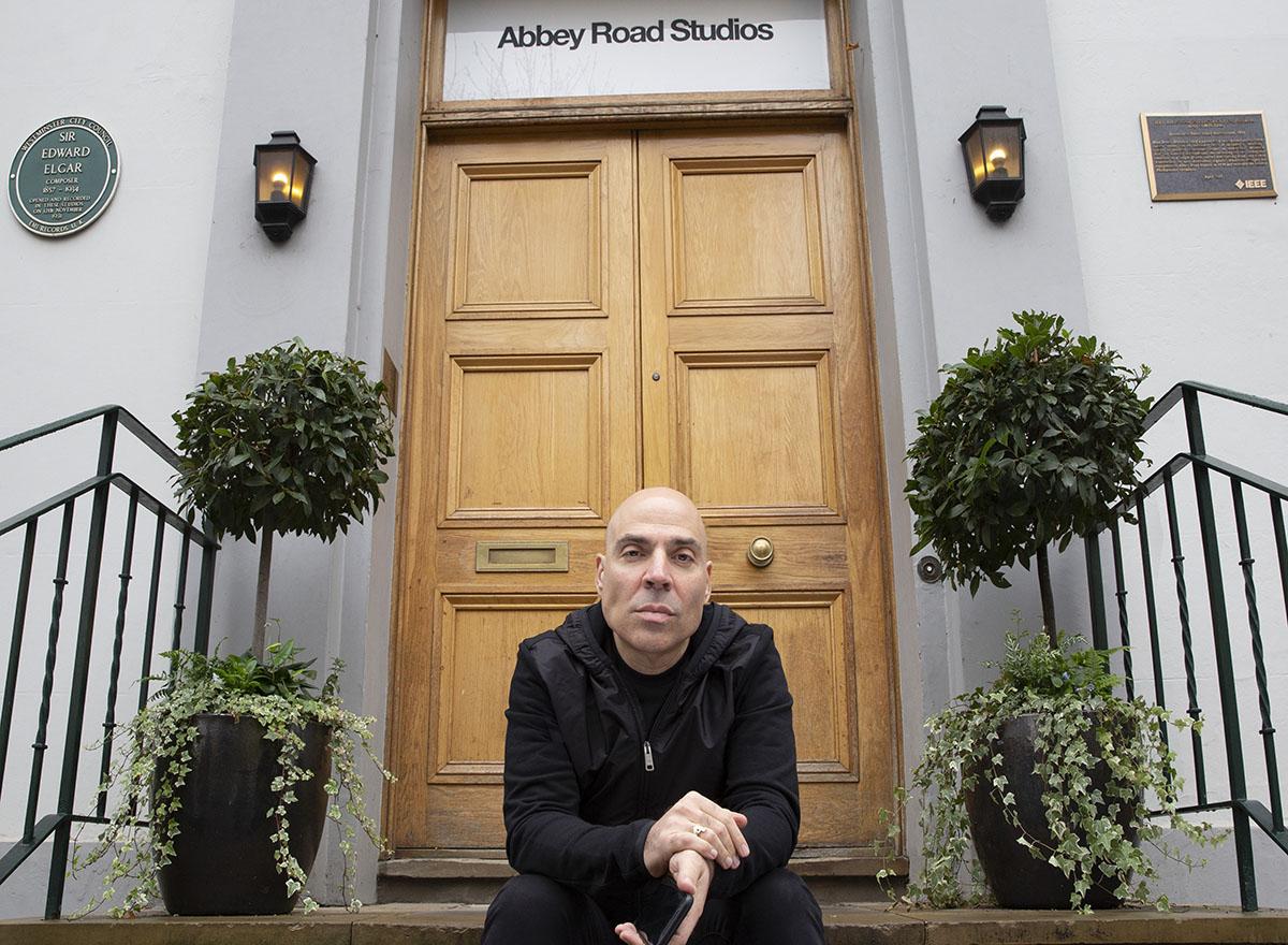 Merck Mercuriadis, Abbey Road 17-10-18 by Jill Furmanovsky