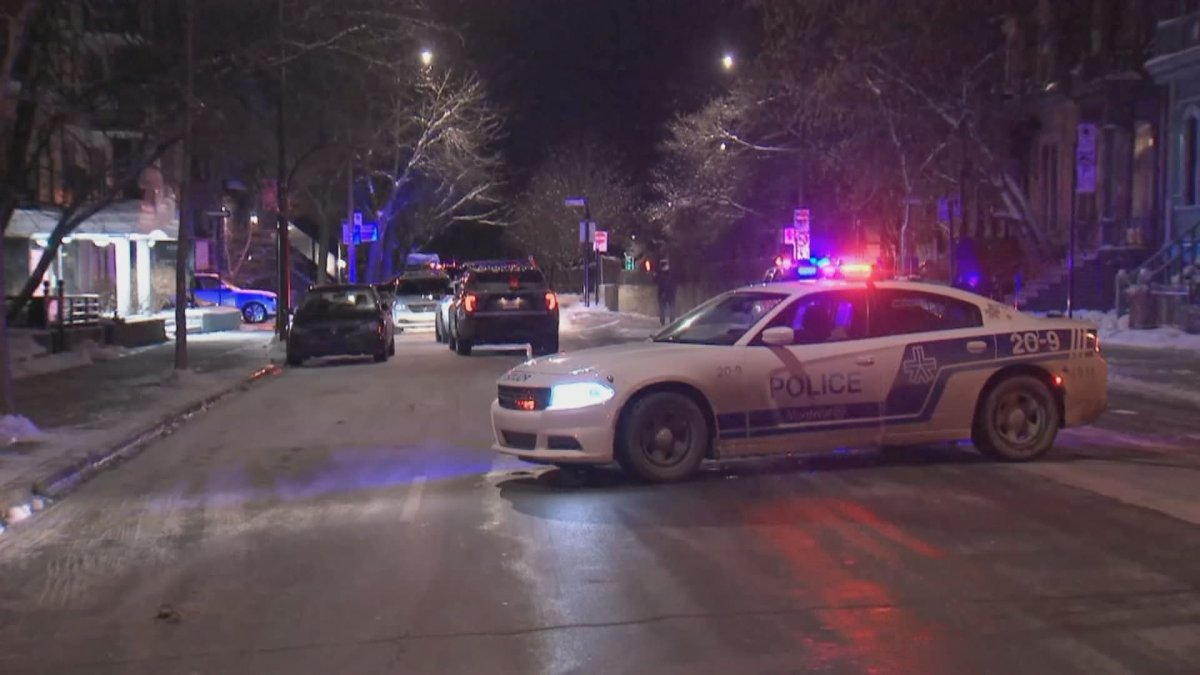 Man in his early twenties shot in the upper body in Ville-Marie district of downtown Montreal. Jan. 19, 2021.