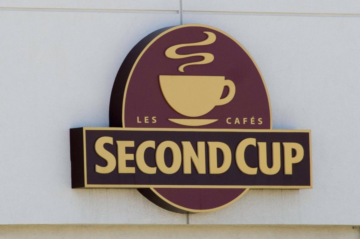 Quebec's Foodtastic plans to acquire Second Cup Coffee Co. in a bid to expand its national footprint.