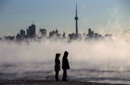 Continue reading: Toronto issues extreme cold weather alert with wind chill near -20 expected