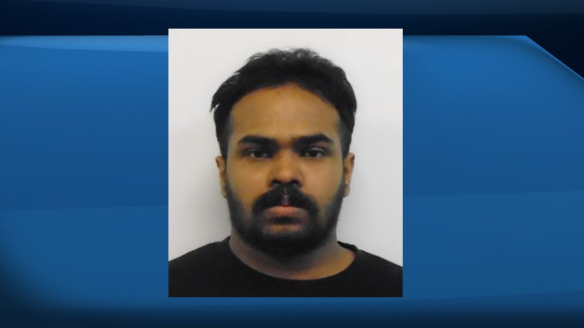 OPP are looking for a federal offender who allegedly fled a halfway house in Kingston Monday evening.