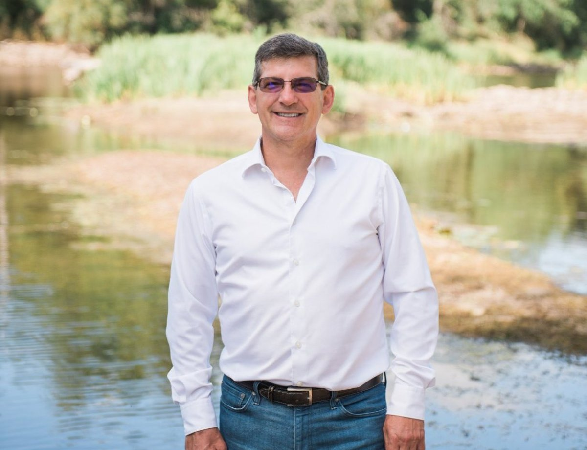 Former Liberal MP Mike Bossio will be running again in Hastings–Lennox and Addington.