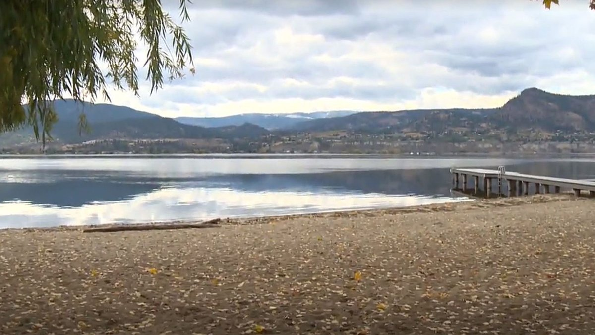 Listed at one acre in size, with over 320 feet of lakefront property, Centre Beach is currently owned by the Naramata Centre Society.