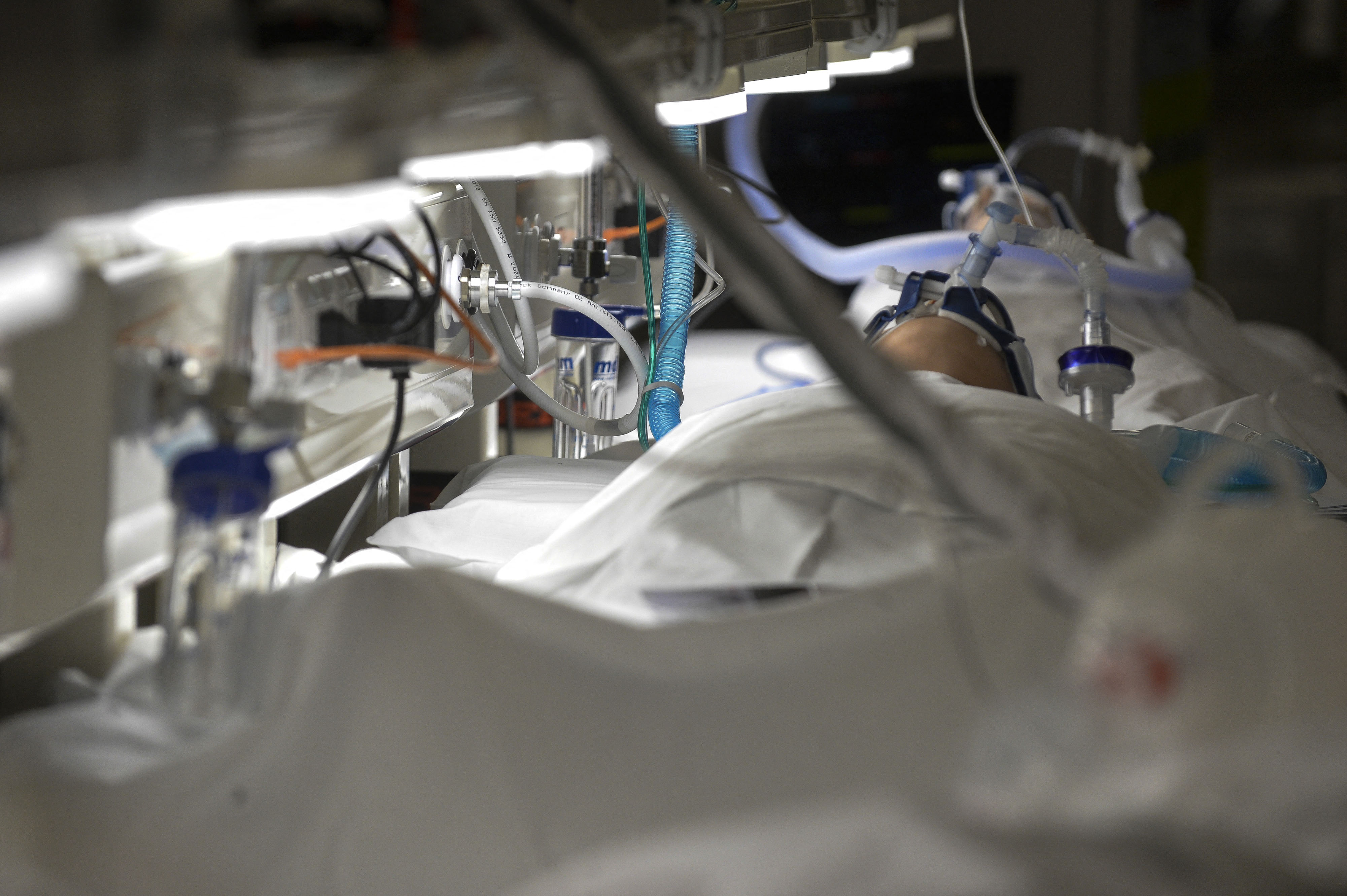 Italy's coronavirus death toll surpasses 100,000