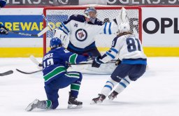 Continue reading: Hellebuyck perfect as Winnipeg Jets beat Vancouver Canucks 4-0