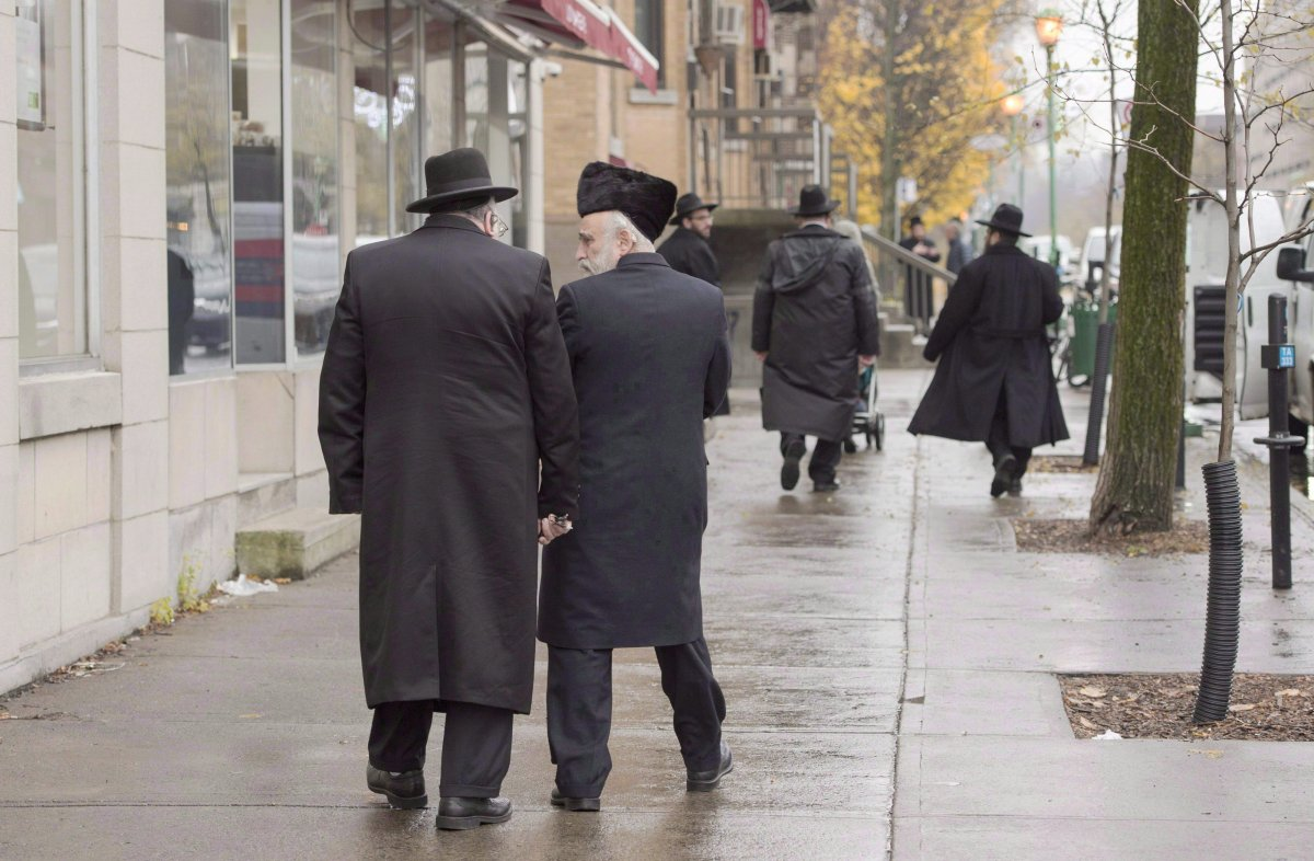 Police said they met with one of the leaders of the synagogue to inform him aboutQuebec's COVID-19 regulations, which forbid religious gatherings of more than 25 people.