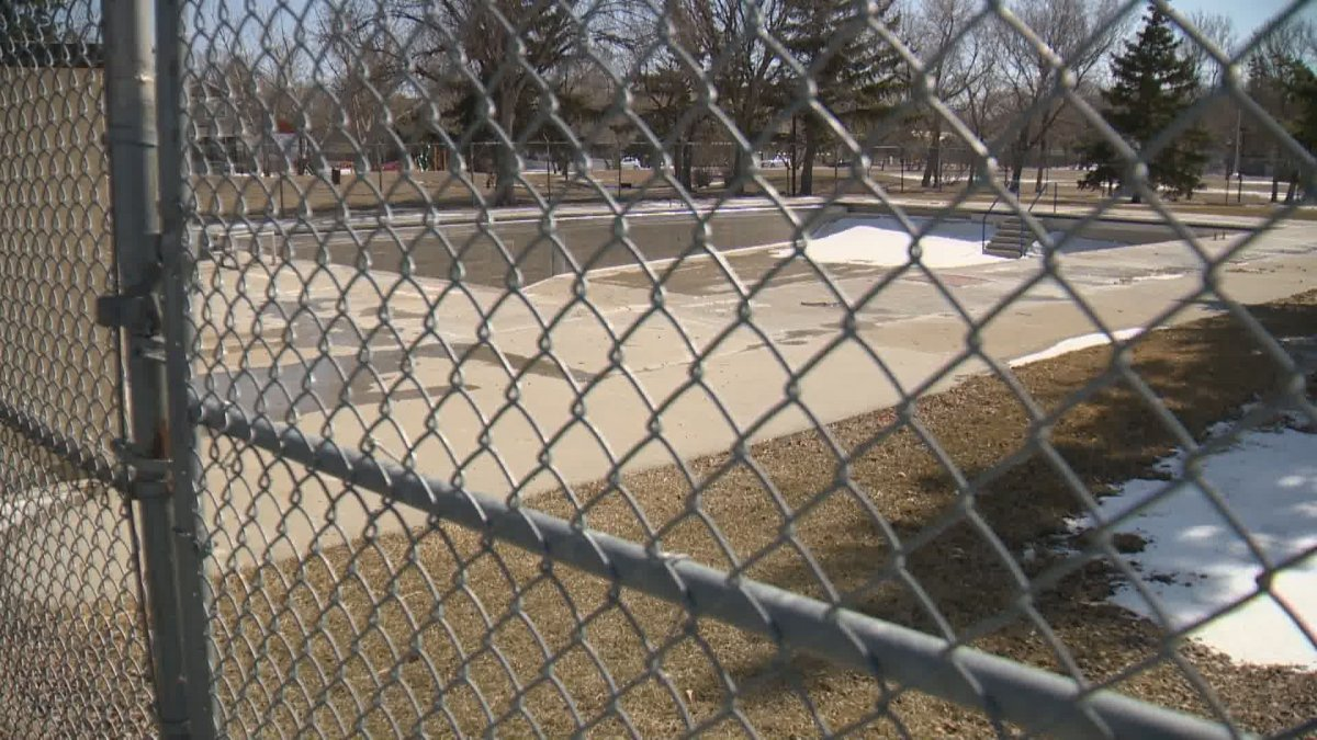 Regina city council voted in favour of renaming the Dewdney Pool to Buffalo Meadows Pool in a decision made on Wednesday.