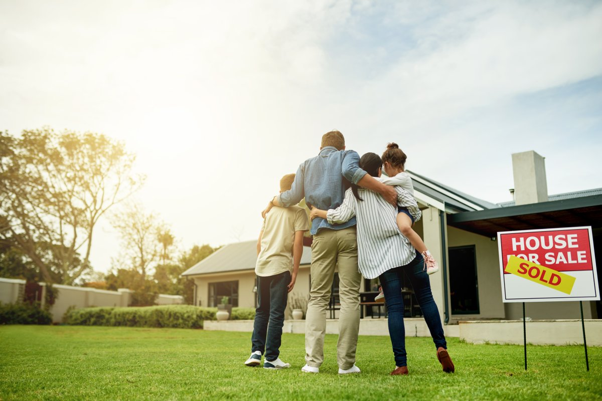 What to know about using a mortgage broker as a first-time – or repeat – homebuyer - image