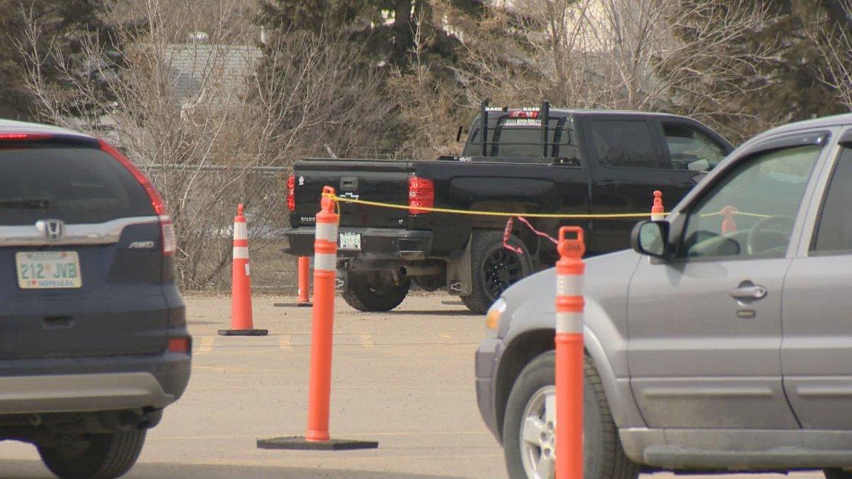 The Saskatchewan Health Authority is reducing hours at Regina's drive-thru COVID-19 testing site as demand falls.