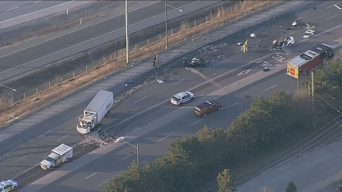 An aerial photo of the crash scene on Highway 7 in Richmond Hill.