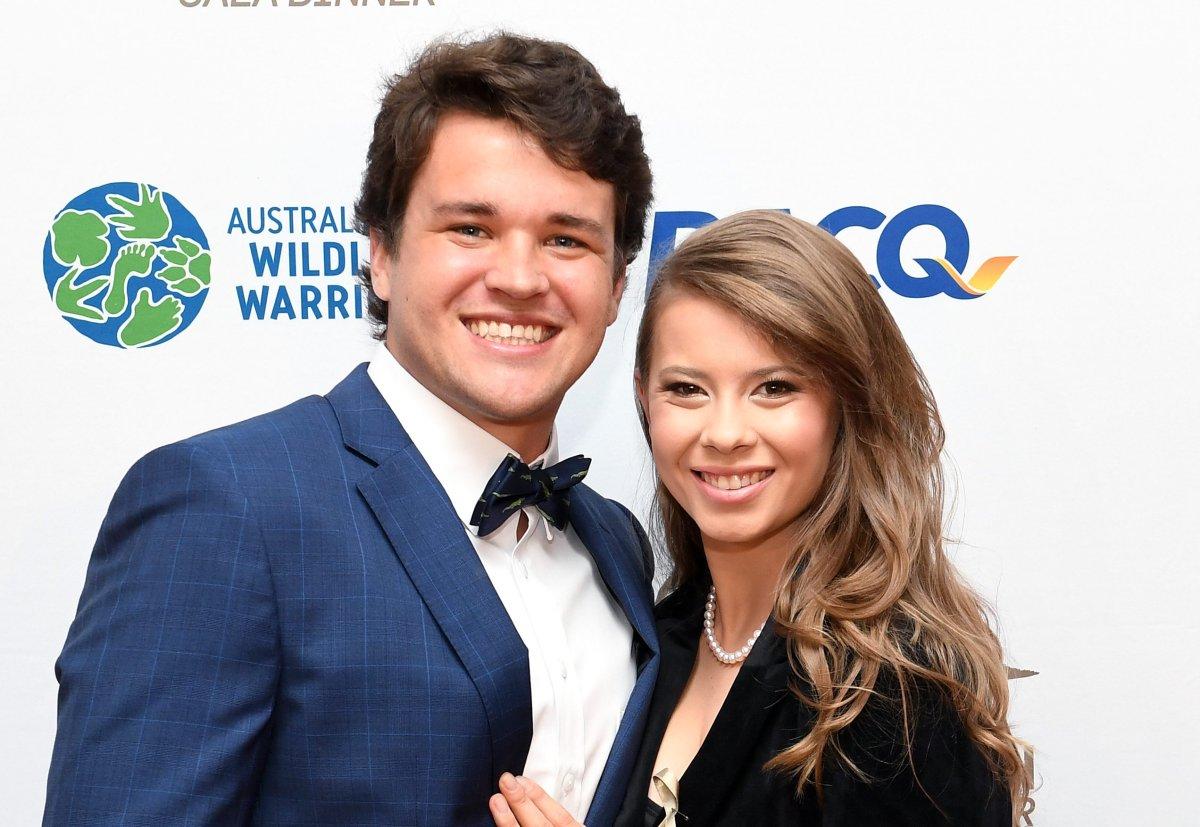 Bindi Irwin gives birth to 1st child with husband Chandler Powell -  National | Globalnews.ca