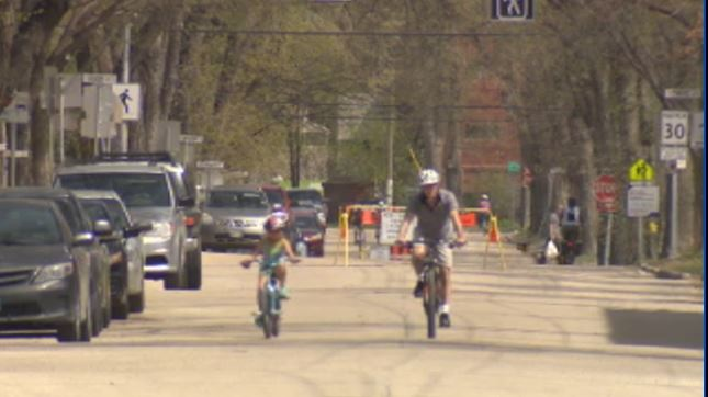 A report submitted to city hall recommends Sunday/holiday active transportation routes be extended, but to include cyclists only.