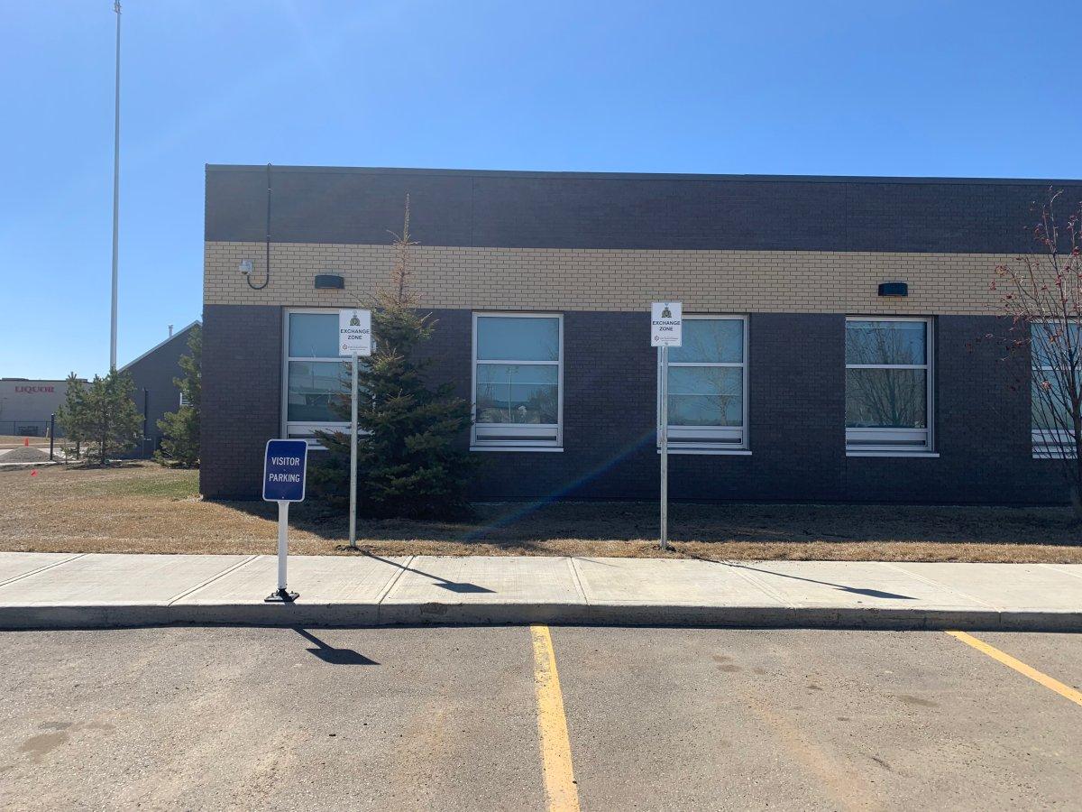 The Fort Saskatchewan RCMP detachment creates an exchange zone, Wednesday, April 21, 2021.