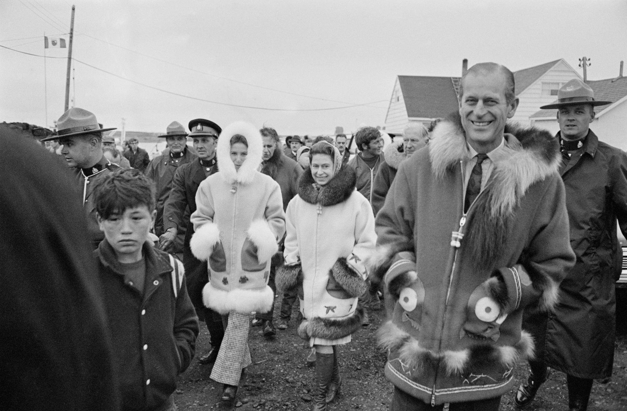 Queen Elizabeth II with Prince Philip and Princess Anne in Tuktoyaktuk, in the Northwest Territories of Canada, July 1970.