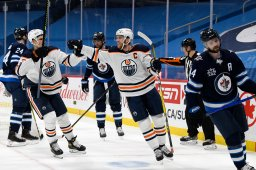 Continue reading: Winnipeg Jets fall to third in the North Division after 6-1 loss to Oilers