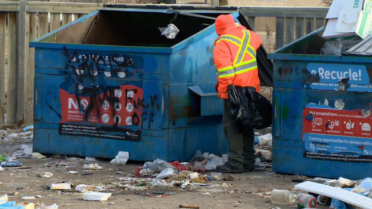 City of Saskatoon administration said continuous concerns over the site led to its recommendation to permanently close the Meadowgreen recycling depot.