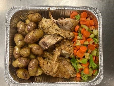 One of the many meals prepared by La Tablée des Chefs through its Solidarity Kitchens initiative.