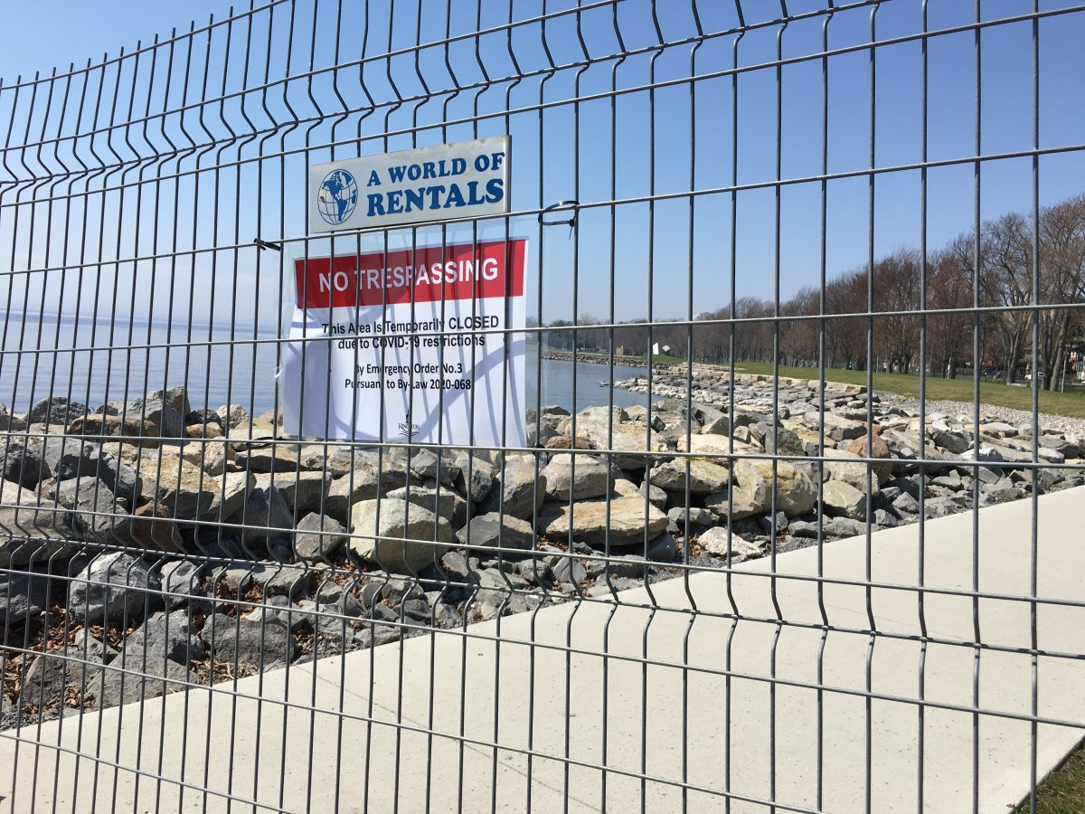 Kingston residents are petitioning to reopen Breakwater Park after large group gatherings took place last week, resulting in the 10-day closure.