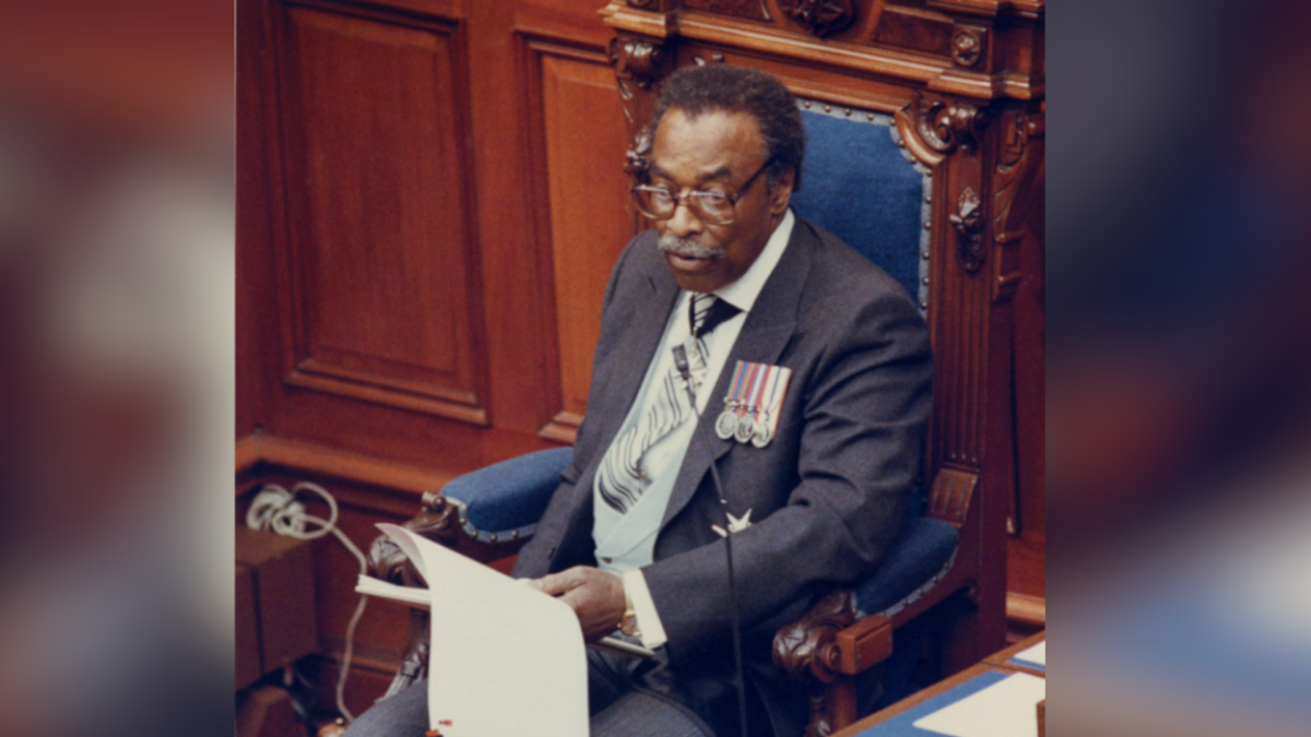Ontario Lt.– Gov. Lincoln Alexander reads the Ontario throne speech at Queen's Park in Toronto, Ont. April 26, 1987. THE CANADIAN PRESS/John Felstead.