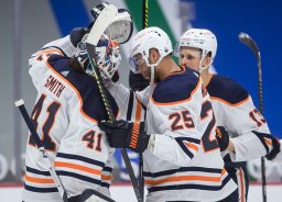 Continue reading: Edmonton Oilers win again in Vancouver